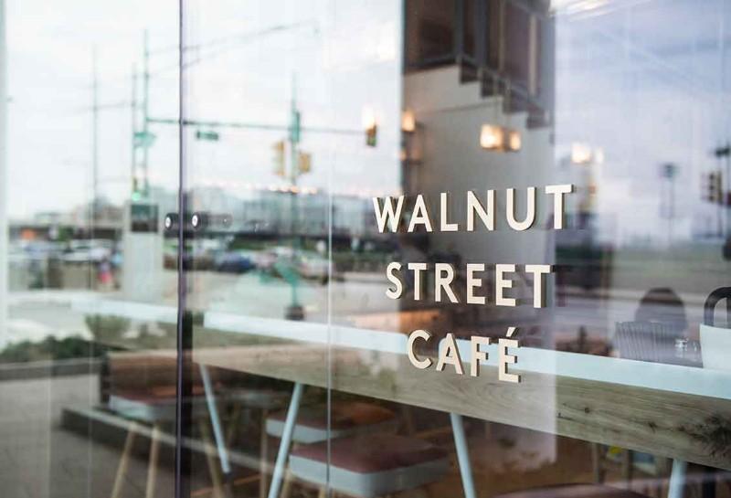 WalnutStreetCafe-12726
